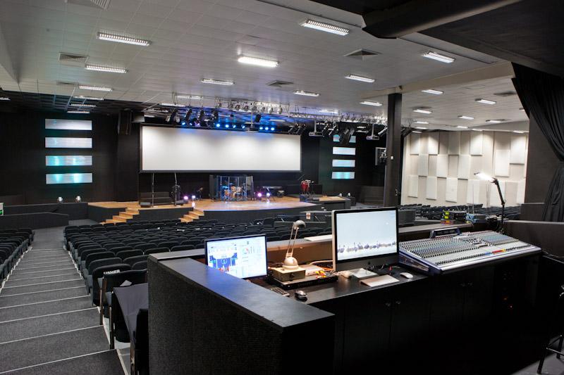 media desk